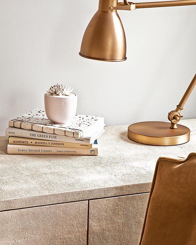 Tonal textures... A cozy little corner of the world.❤️ #interiordesign  #urbanikinteriors