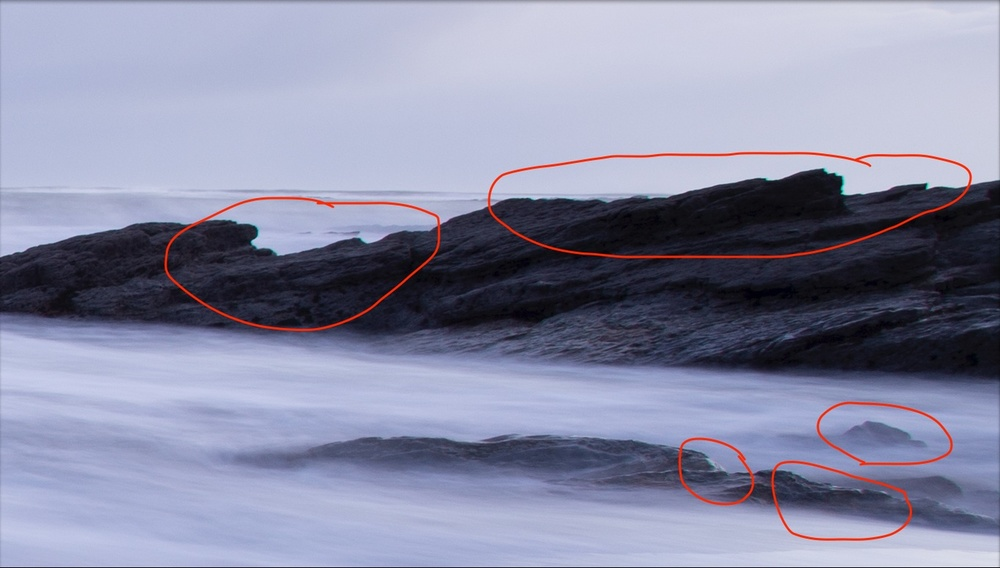 Here, you can see the obvious evidence of chromatic aberration around the edges of the rocks