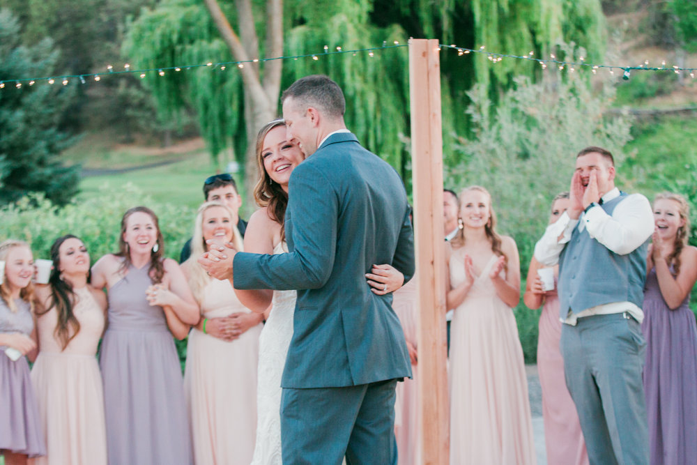 first-dance-bride-groom-bend-oregon-wedding-photographer