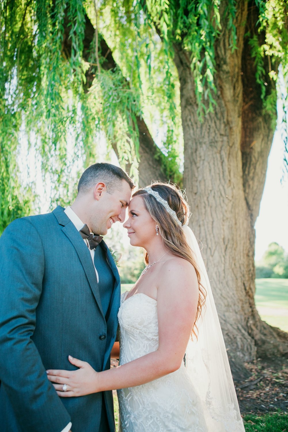 bride-groom-portraits-wedding-day-bend-oregon-wedding-photographer