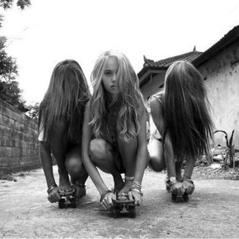 Girl gang goals 🤸🏽♀️