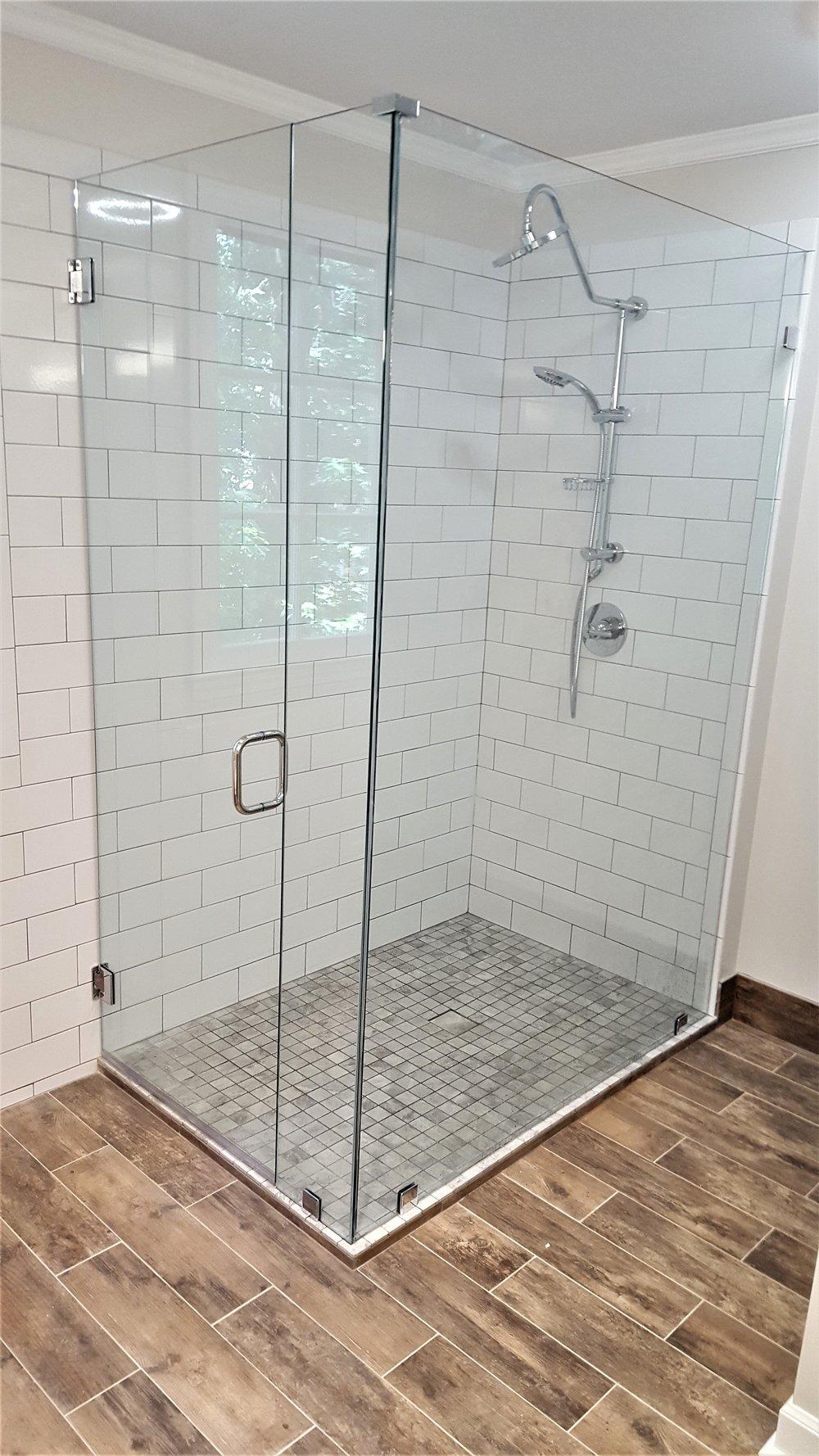 Frameless Shower Door Traditional