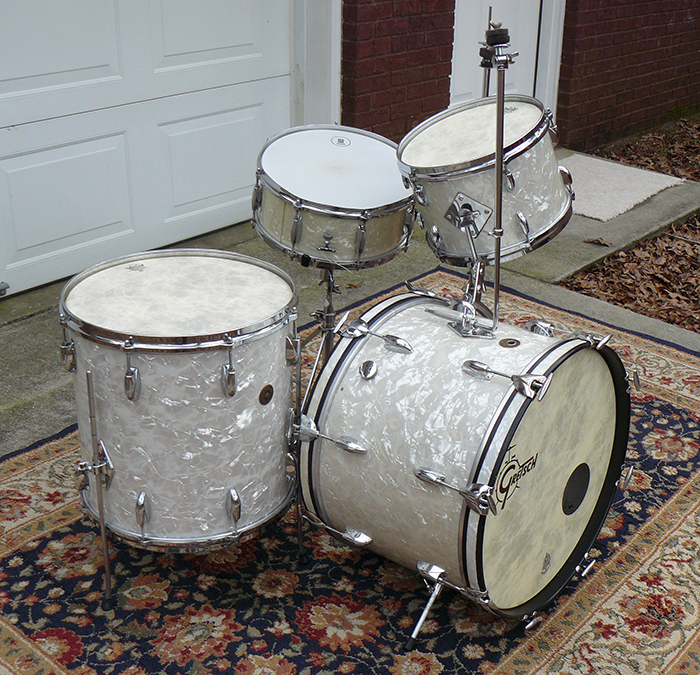 Phil wilson 39 s 1950s gretsch set not so modern drummer for Classic house drums