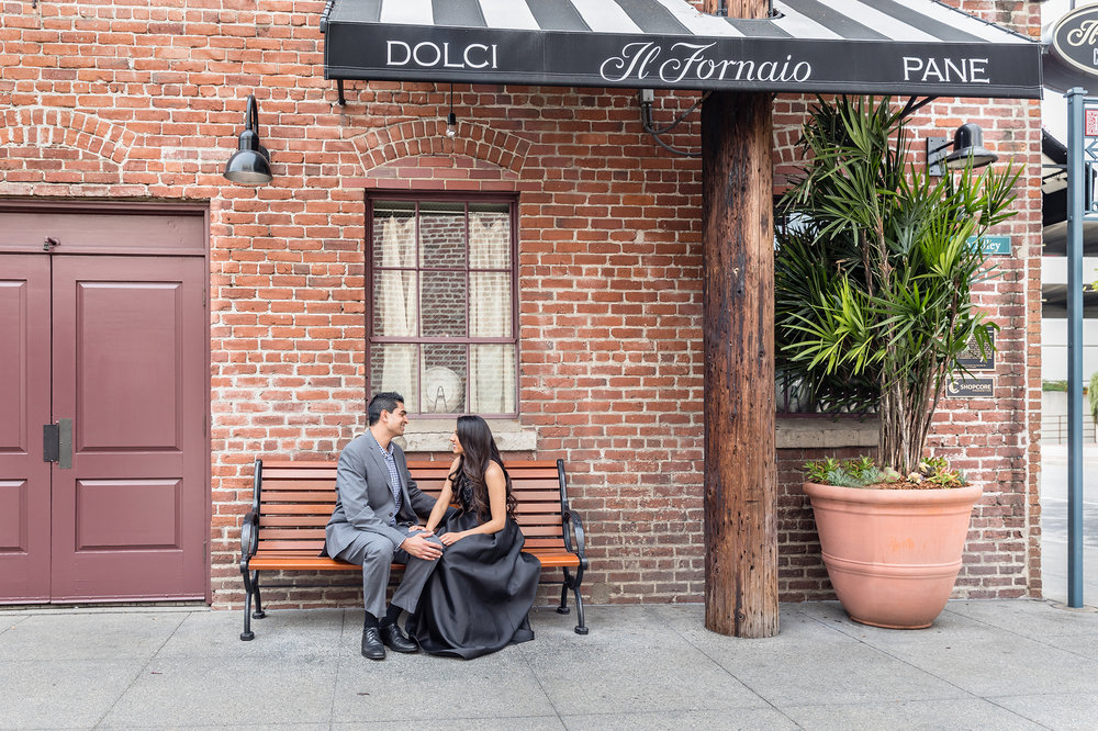 Stylish Pasadena Engagement Photoshoot.jpg