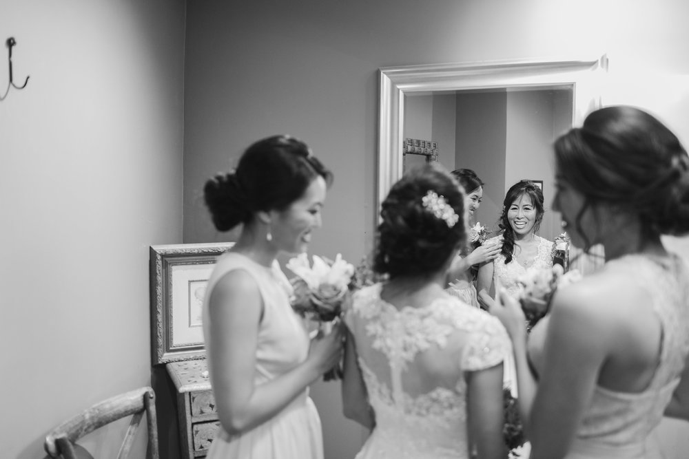 Bride & Bridesmaids Getting Ready.jpg