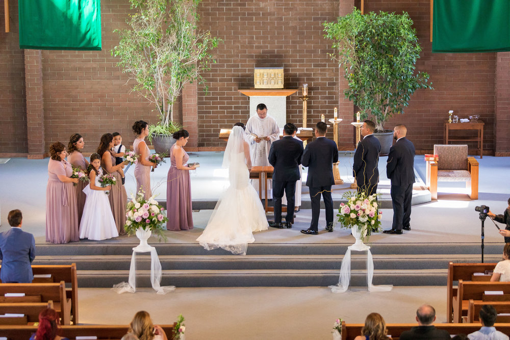 ! Entire Wedding Party at the church alter.jpg