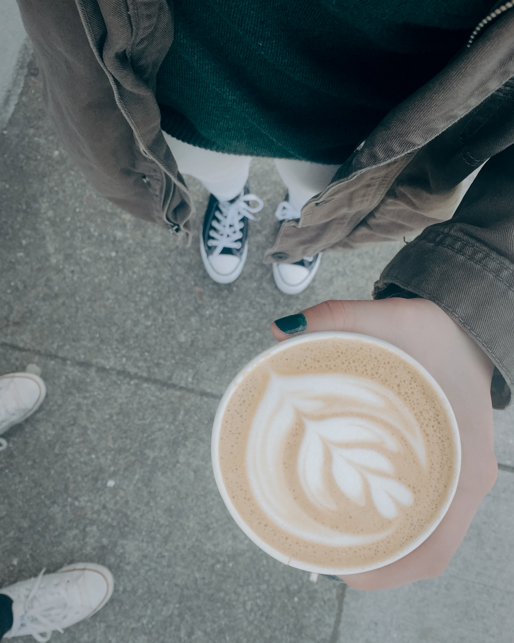 Latte art from Flywheel Coffee Roasters in the Haight-Ashbury neighborhood of San Francisco || 7 THINGS TO DO IN HAIGHT-ASHBURY, SAN FRANCISCO || Tinted Green