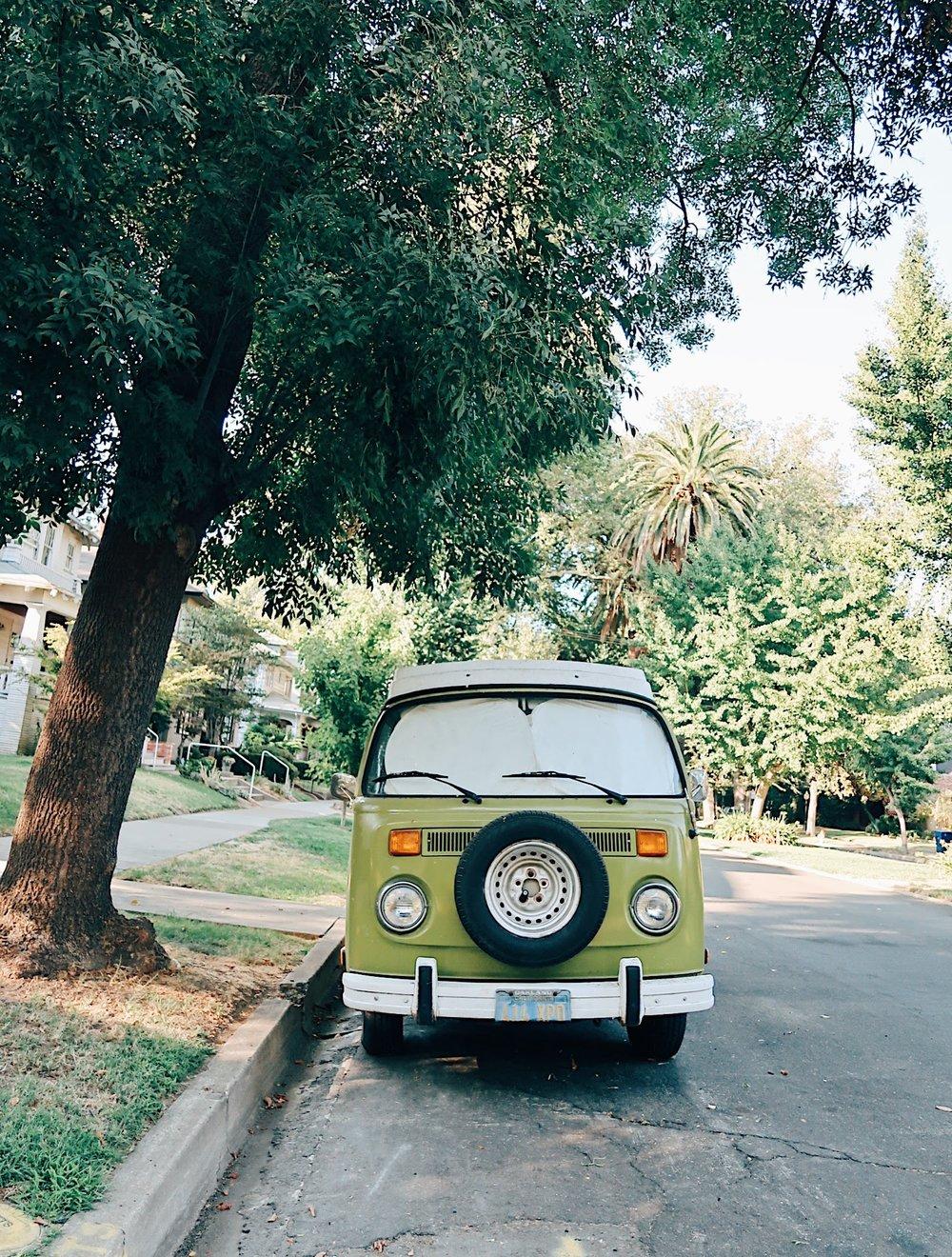 cars of midtown, a vw bus (brandon calls it a deadhead van) that hangs out in boulevard park in sacramento