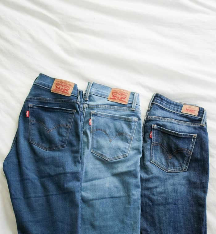 easy ways to an eco-friendly lifestyle: clean out your closet and make a capsule wardrobe. #minimalism #capsulewardrobe #levis #denimhead