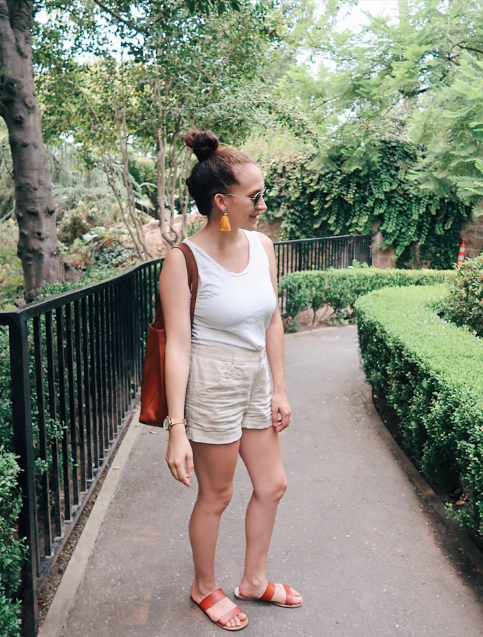 10 items 10 ways, 10 items 10 outfits, 10 items 10 days, 10 pieces 10 outfits, 10x10 challenge | wearing white Gap tank top, beige tan cotton shorts, #madewell sunglasses, and #fossil hybrid smartwatch | tinted-green.com