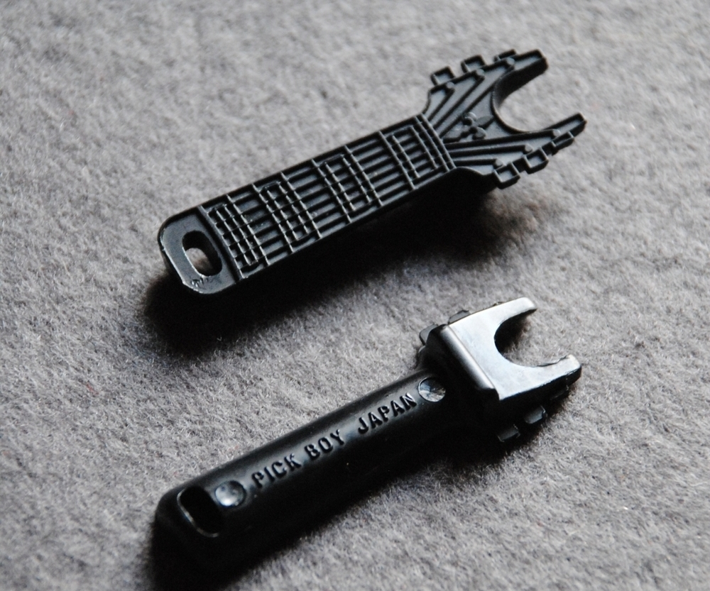 Pickboy Bridge Pin Extractor