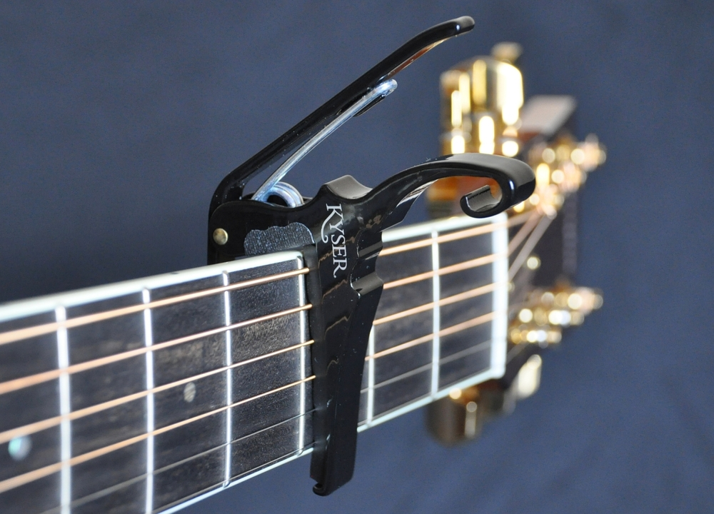 Kyser Quick Change Capo im Test