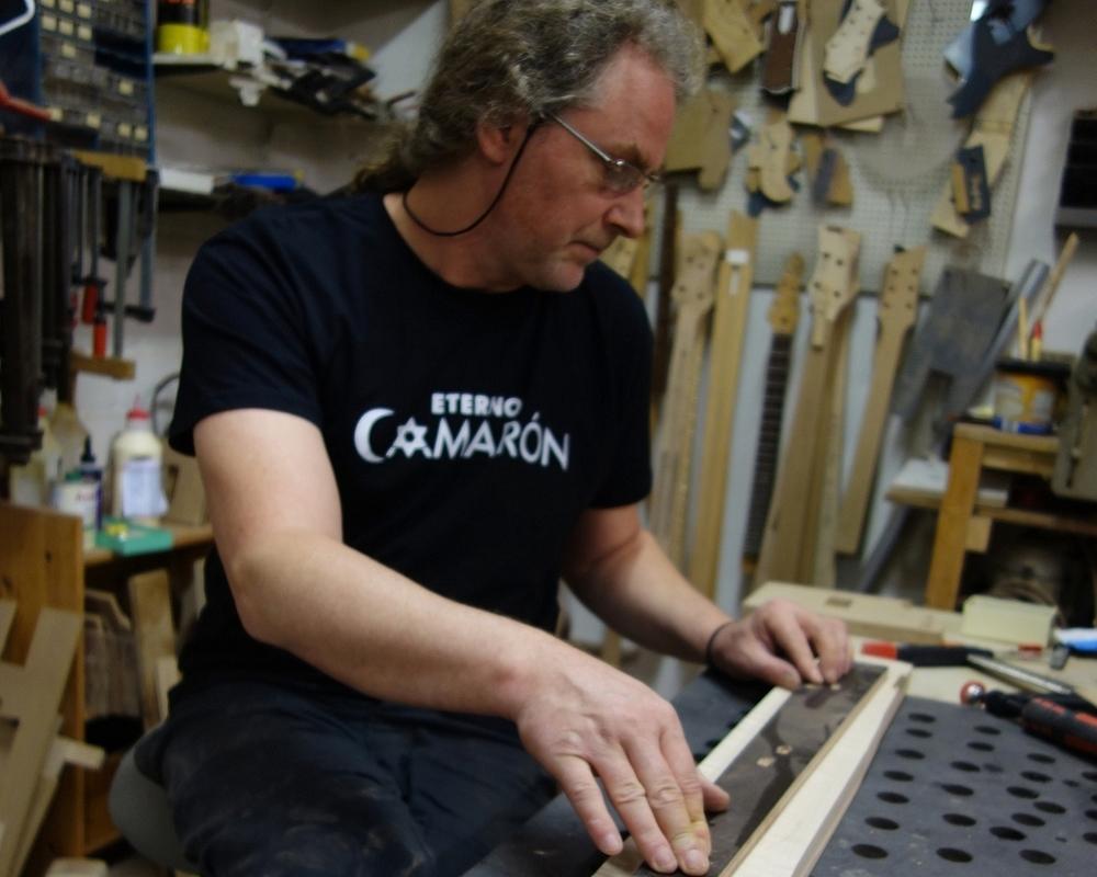 Matthias Meyer - Gitarrenbauer und Gründer von Bassart Guitars (Braunschweig)