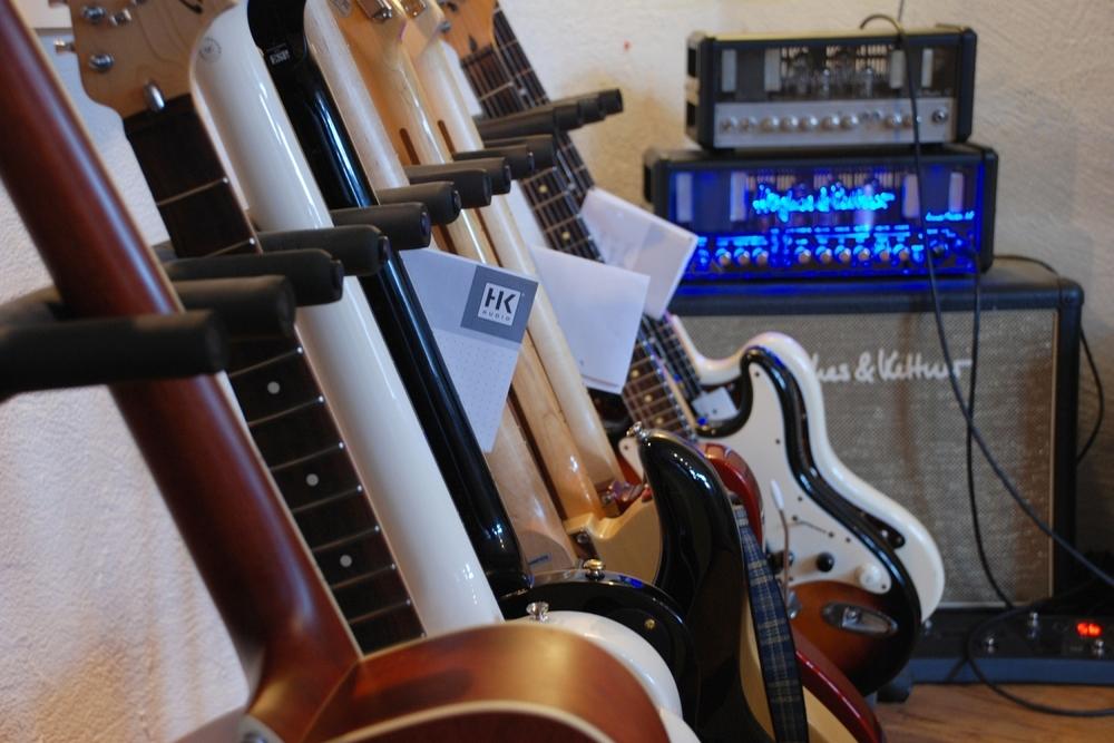 Einblick in Uwes Gitarren-Werkstatt (Gitarrenservice Sicks)