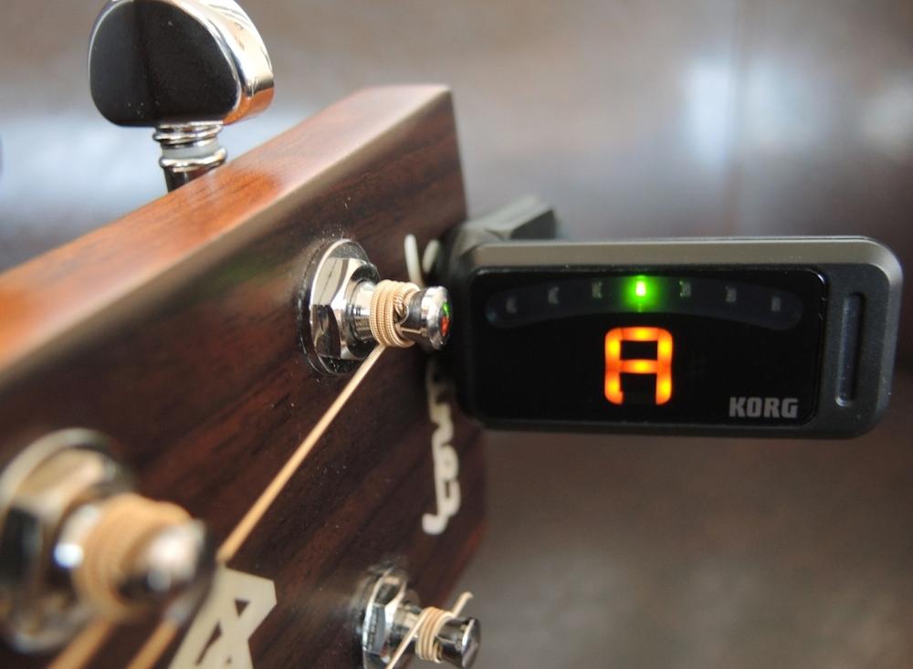 Gitarre richtig stimmen: 3 wichtige Tipps