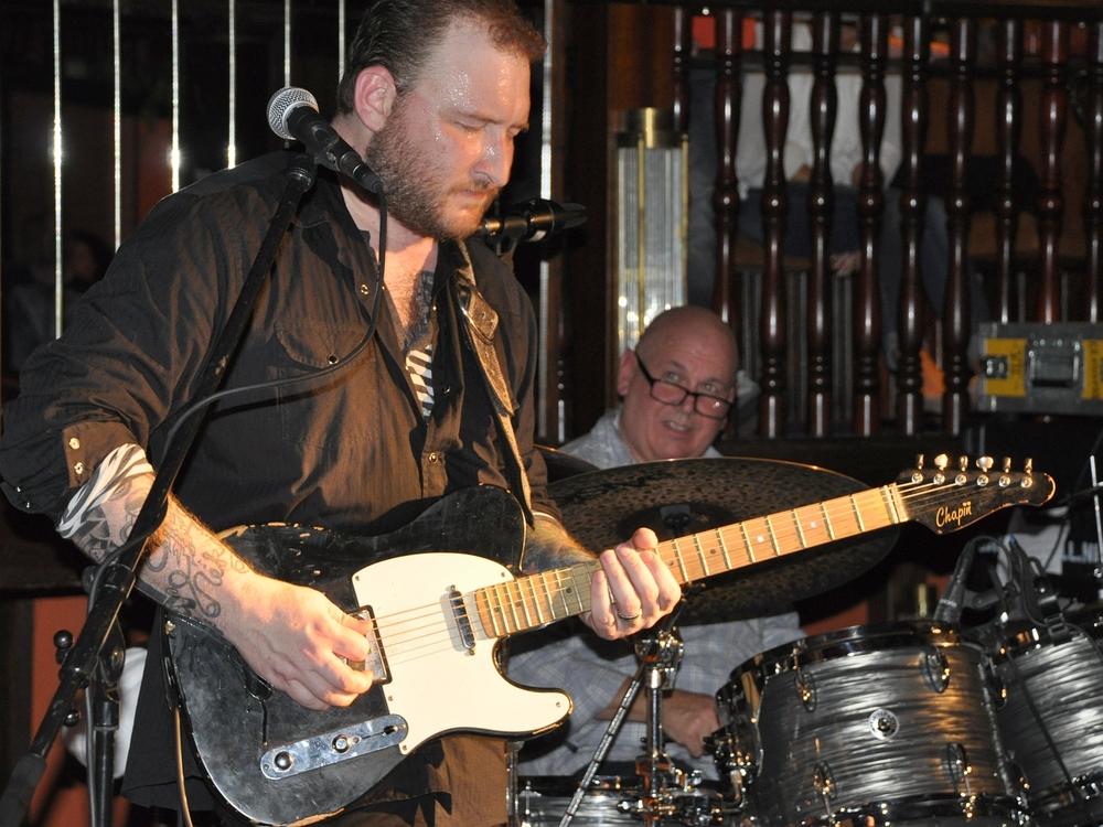 Josh Smith - Blues-Gitarrist und Sänger aus Los Angeles
