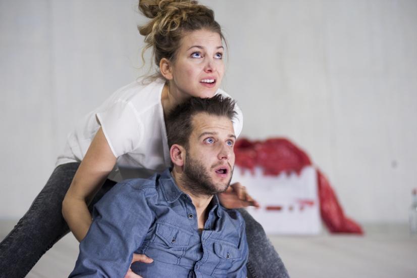 zu jung zu alt zu deutsch - Schauspiel Hannover