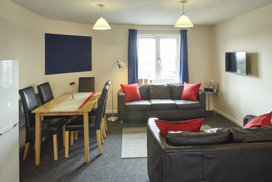 Lounge_V2_5bed.jpg