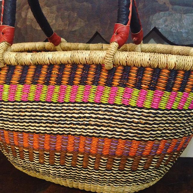 Brighten up your summer look with one of our beautiful handwoven baskets from #ghana #ethicalfashion #handmade #ethicalshopping #london 💗💚💜
