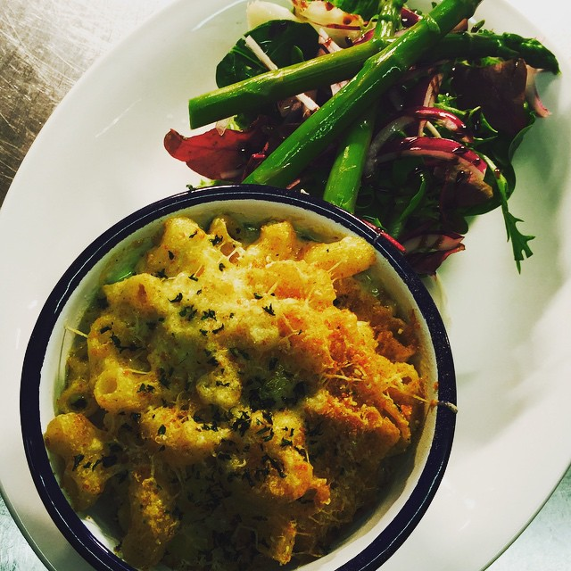 Crab Mac & Cheese #SummerMenu
