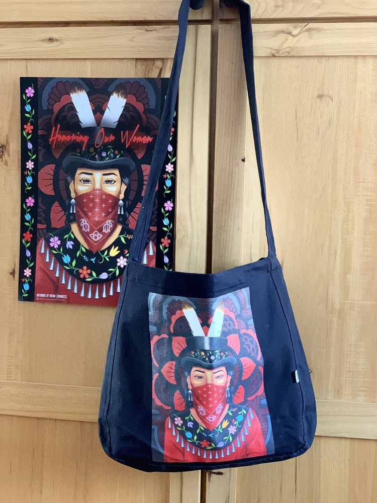 969977f96 Artist: Anishinaabe Woman Water Protector Organic eco Tote Bag