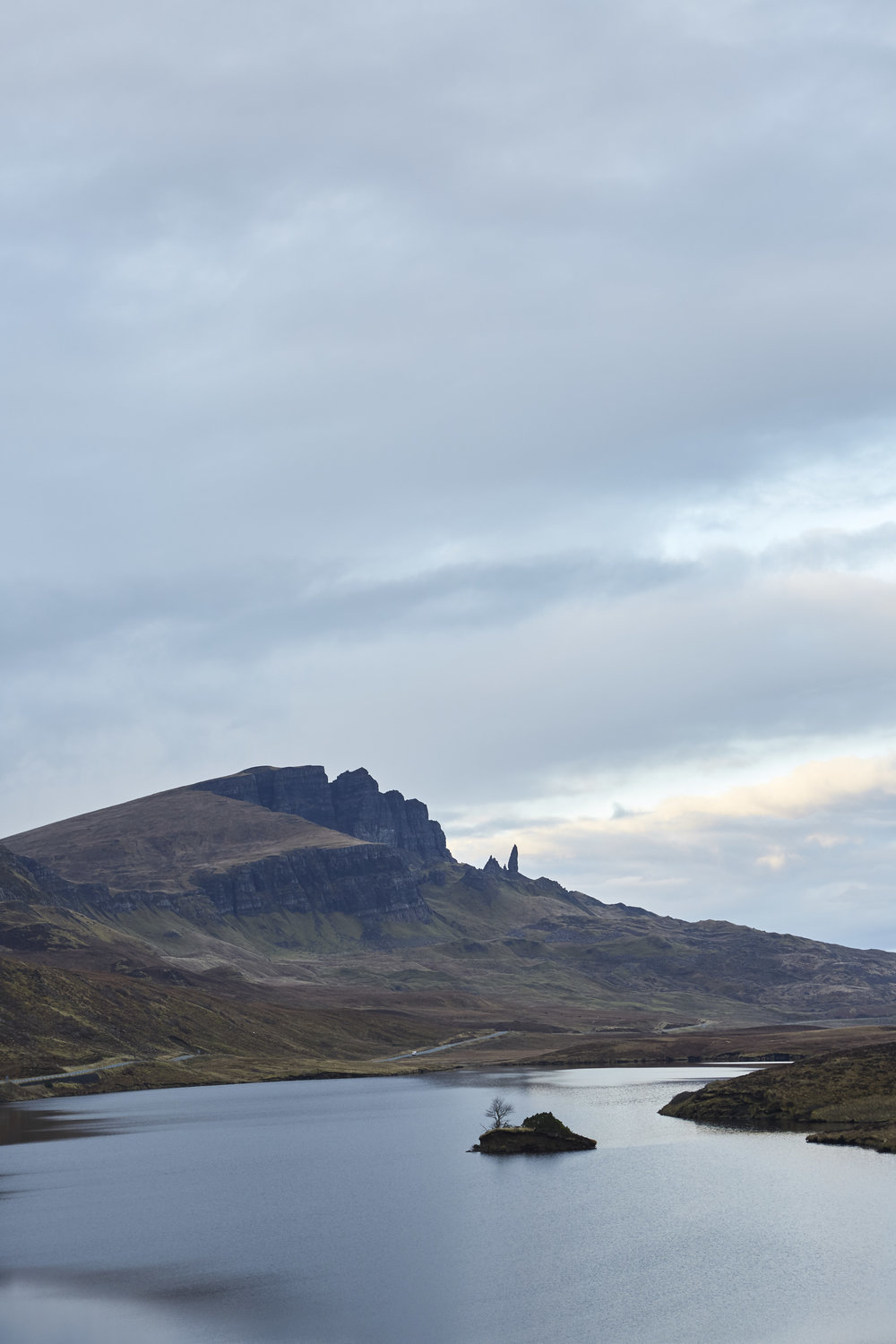 travel adventure photography Isle of Skye scotland highlands hebrides editorial honeymoon destination