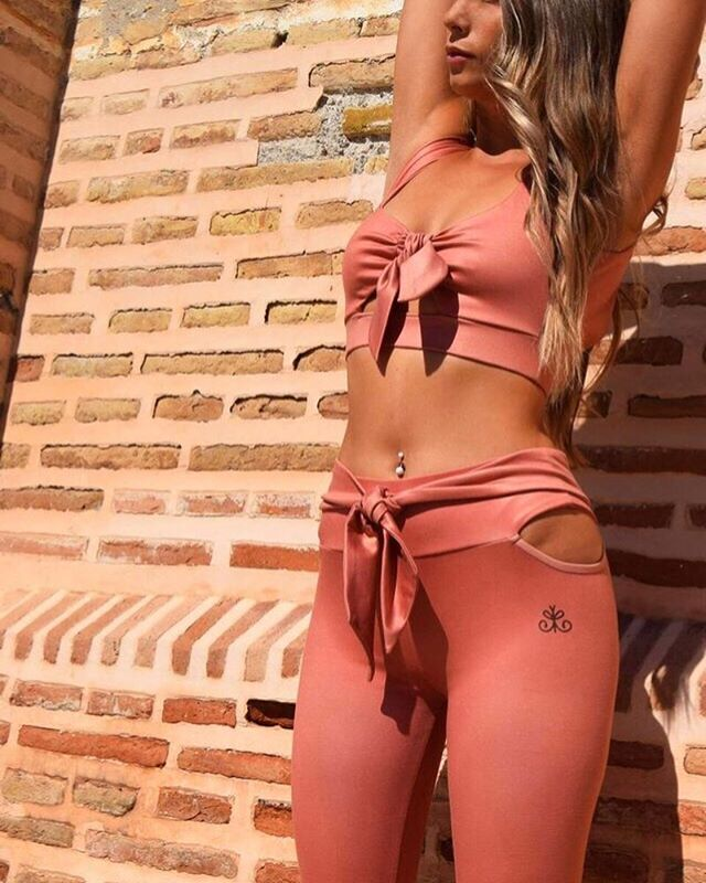 Our KYRA set part of our new collection coming soon.... Happy Saturday folks! . . . . . . . #kisaiya #saturday #autumn #strong #sports #fitness  #training #love #exercise #instasport #sporty #workout  #cardio  #training #photooftheday #active #motivation #sportswear  #fun #instagood #colour #yoga #live #fitnessmotivation #health #fashion #beautiful #model #shoot #modelling