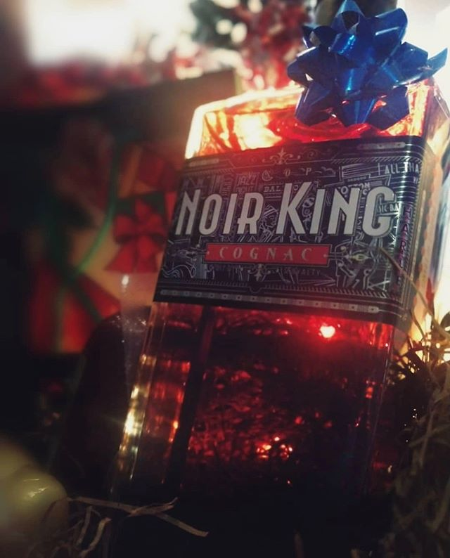 Did you get the King for Christmas? If not, we have 50+ stores in #Atlanta and #Albany #Georgia for you to treat yourself! 👑🥃🎄