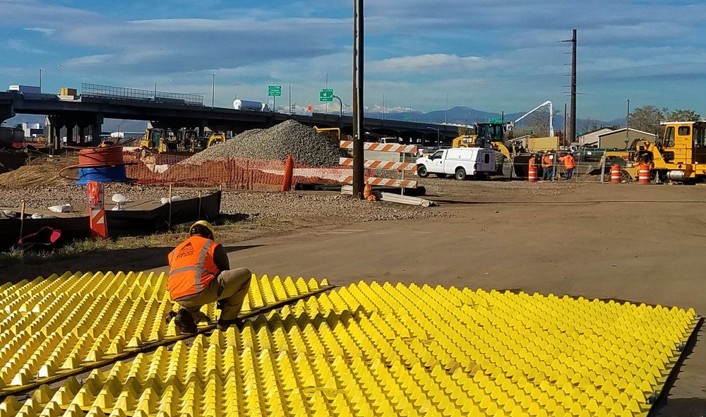 Functionality    FODS Trackout Control offers rapid installation to ensure on-time project completion and within budget. FODS Trackout Mats   can be set up in   about  30 minutes,  require minimum maintenance and can be used on multiple substrates.  No excavation or disturbance of the existing soil is necessary .