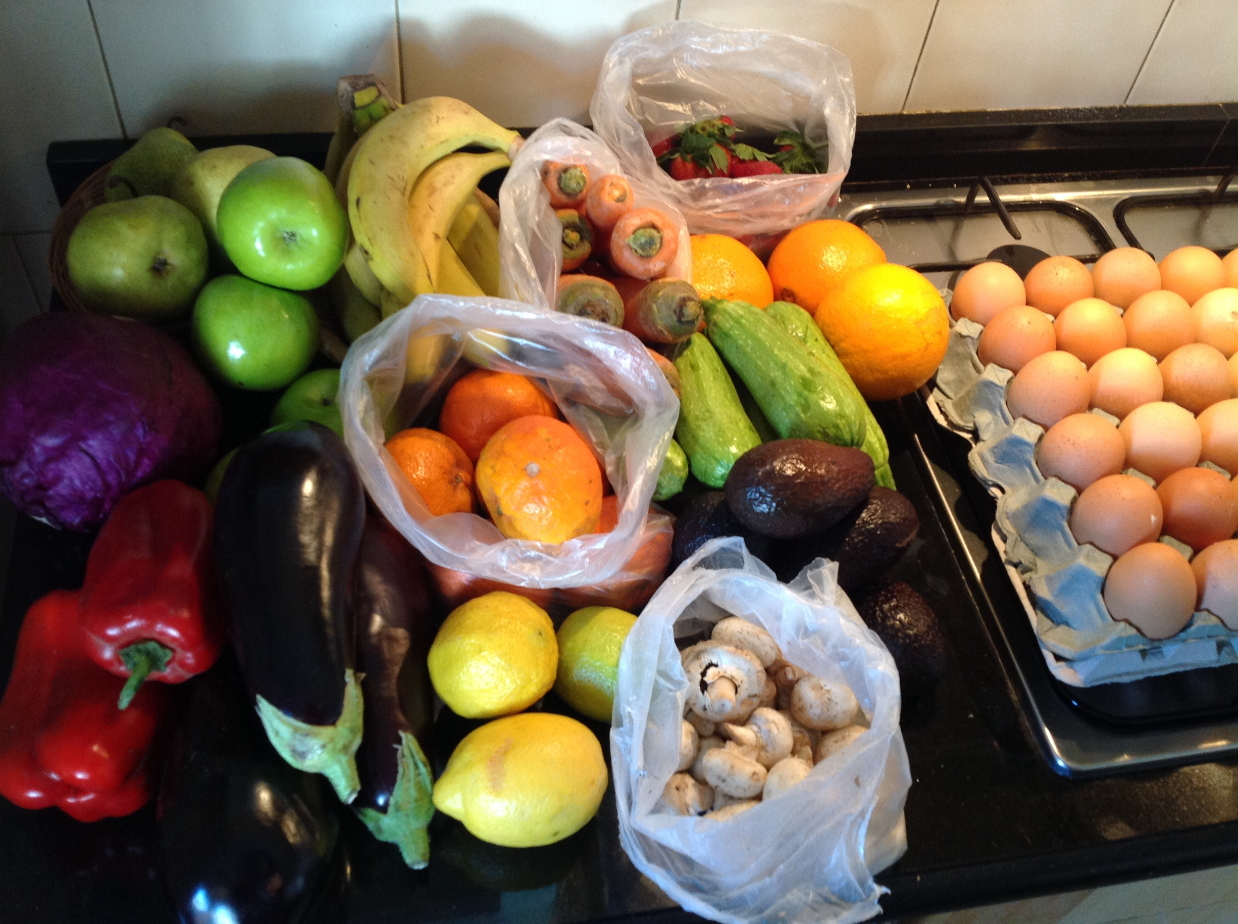 Weekly Produce for URMOVINGWHERE Family