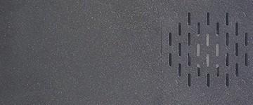ВЕНТИЛЯЦИЯ SL1 оснащен сложной системой охлаждения, а также системой вытяжки пара. Если вы не знали, печать с помощью SLA вызывает различные пары, поэтому принтер также имеет крышку. Тем не менее, хороший воздушный поток также важен, поэтому в принтере есть вентилятор с высококачественным фильтром на задней панели машины.