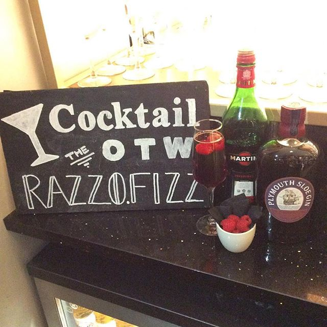 Our cocktail of the week is 'The Razzo Fizz' mixing a sweet taste of Martini Rosso with a nice fruit twist with Plymouth Sloe Gin, with a refreshing Prosecco top! Garnished with a few raspberries this amazing concoction will only leave you wanting more! Merry Christmas everyone from all of us at #theginbarncl and happy holidays