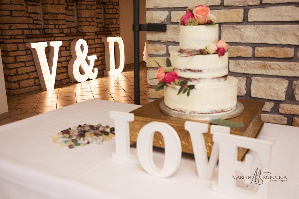 svatebni-foto-ze-svatby-v-hotelu-atlantis003.jpg
