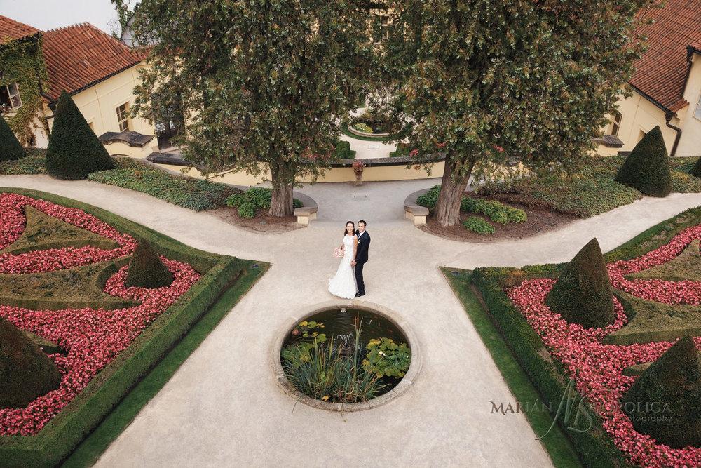 foceni-svateb-praha-vrtbovska-zahrada.jpg
