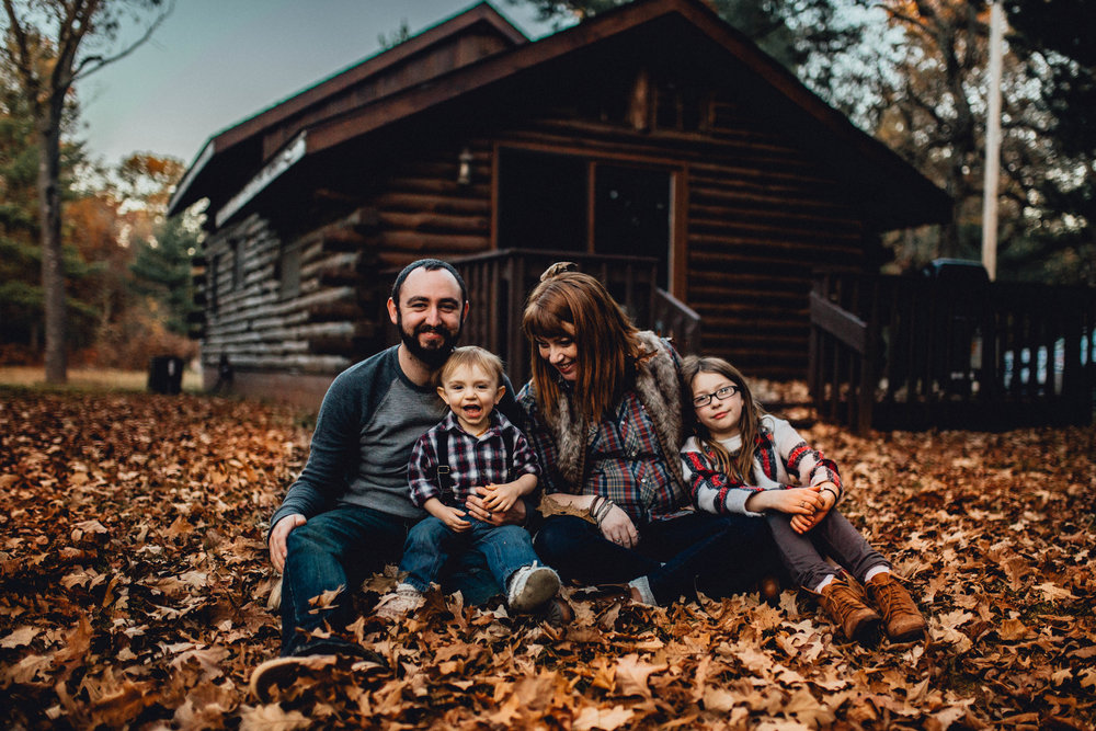 Fall Family Session - Adams, Wisconsin Cabin - Emerald Tide Phtotography
