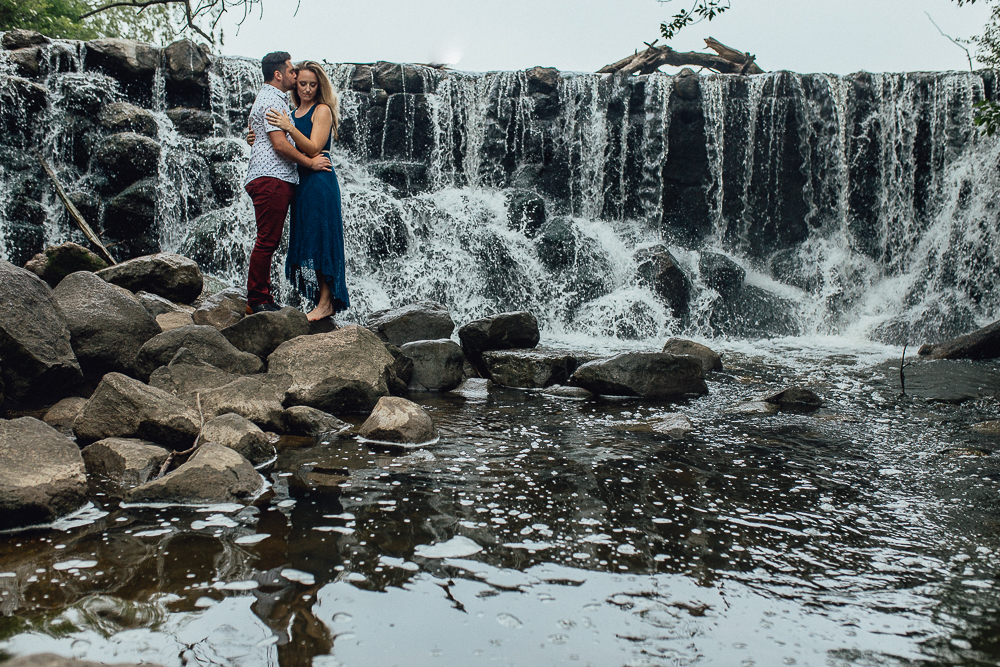 Emerald Tide Photography - Midwest Summer Engagement Photo Session - Milwaukee, Wisconsin