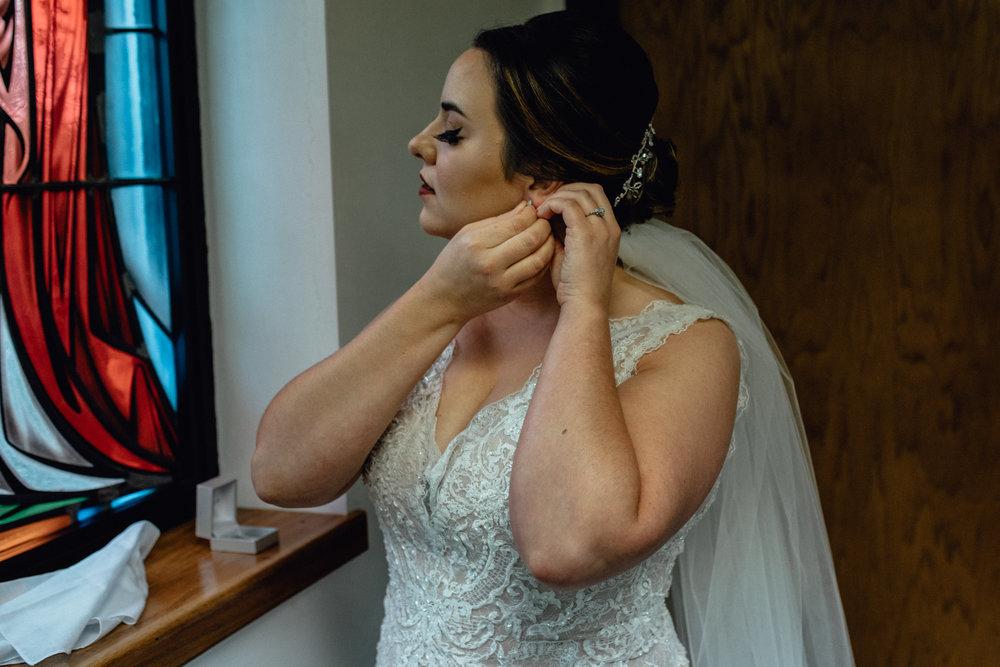 Elegant Fall Milwaukee Wisconsin Legends at Brandybrook Country Club Wedding Photographer - Emerald Tide Photography
