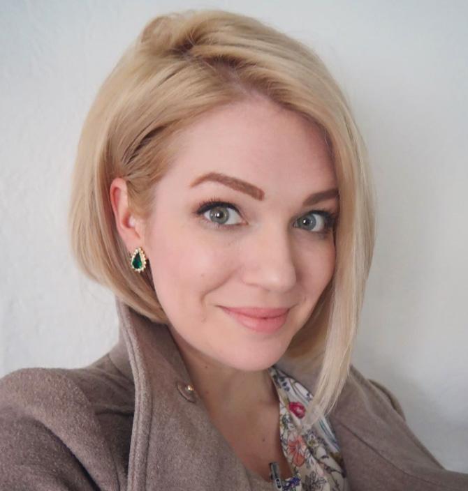 Mandi Jean, Account Coordinator