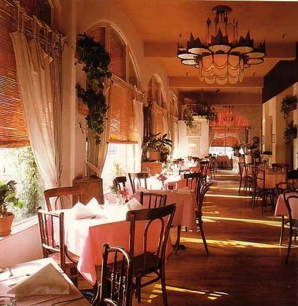 Interior Restaurant Design Experienced in Reuse Residential and