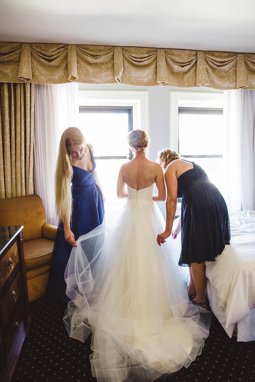 Nissa+Jesse_Wedding_Seattle_SoleRepairShop_6252015_6.jpg