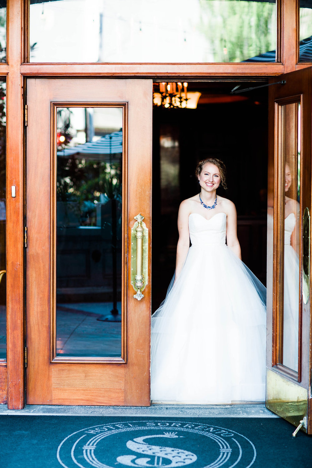 Nissa+Jesse_Wedding_Seattle_SoleRepairShop_6252015_295.jpg