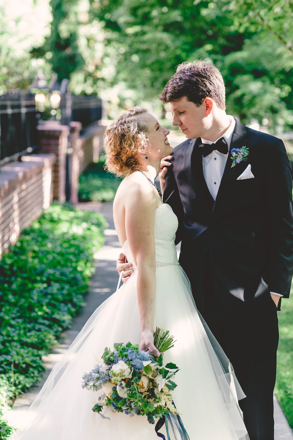 Nissa+Jesse_Wedding_Seattle_SoleRepairShop_6252015_230.jpg