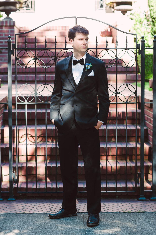 Nissa+Jesse_Wedding_Seattle_SoleRepairShop_6252015_115.jpg