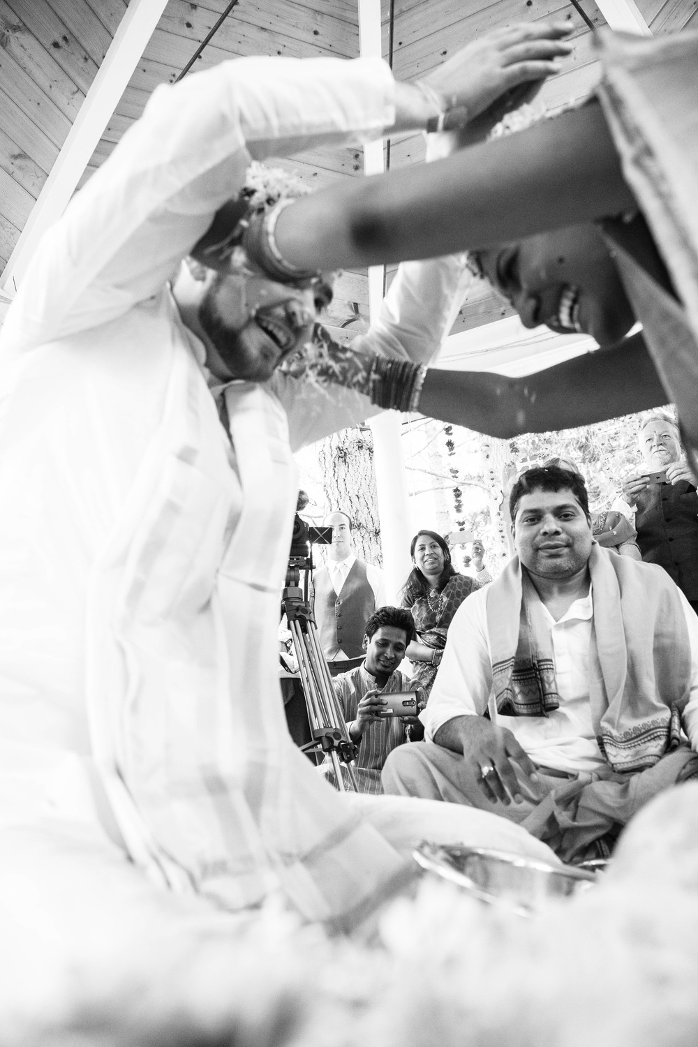 Hima+Dan_Wedding_Seattle+Couple_Kingston_6112016_876.jpg