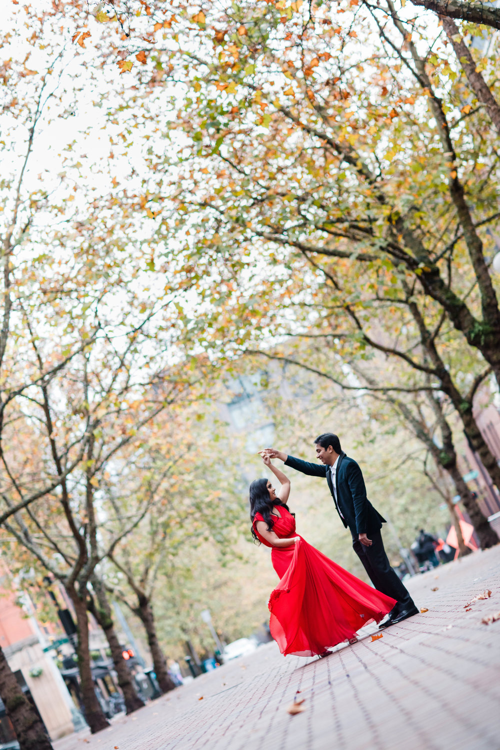 Sushat+Nancy_Engagement_Pioneer+Square_Sculpture+Park_Seattle_Oct2016_APW160.jpg