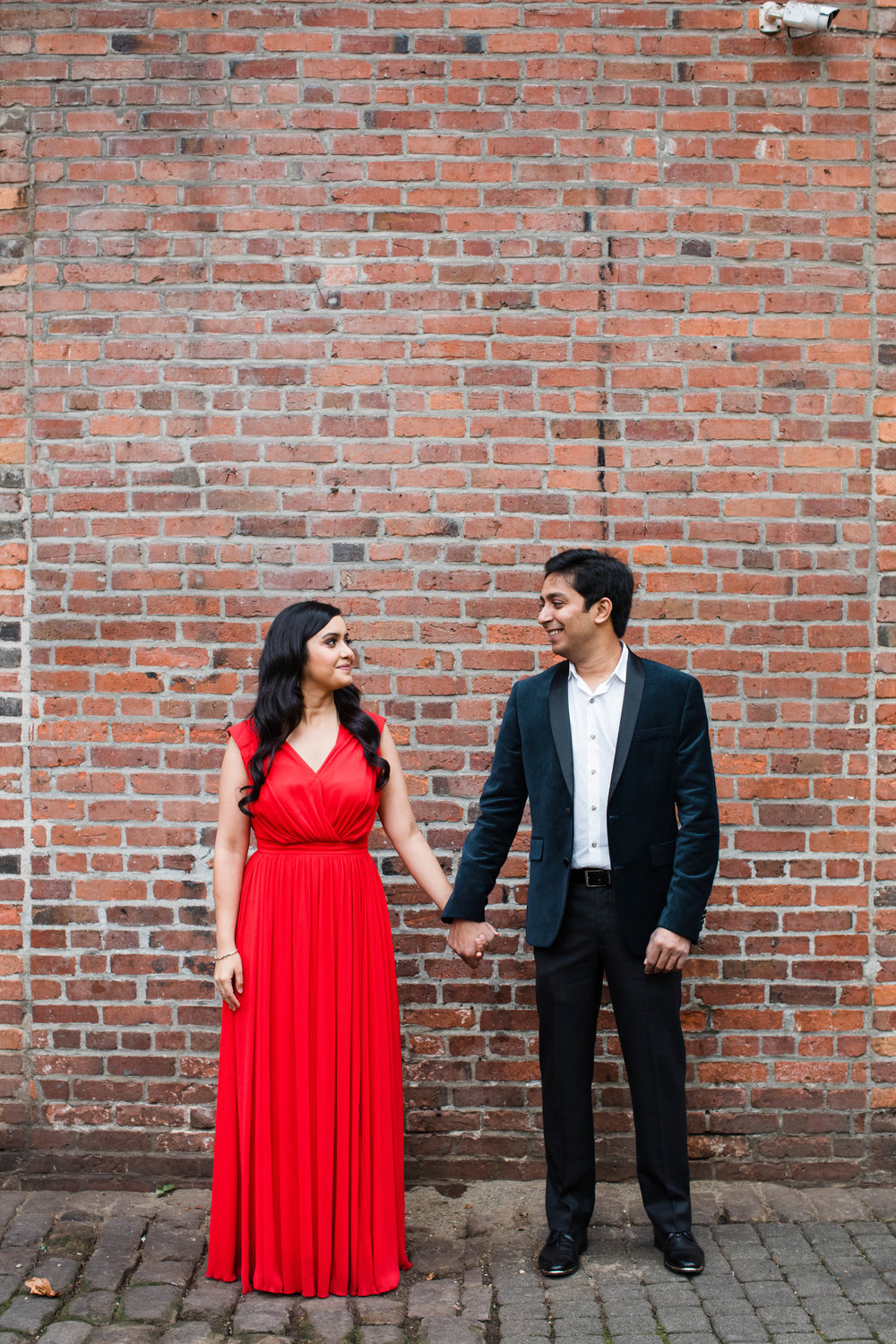Sushat+Nancy_Engagement_Pioneer+Square_Sculpture+Park_Seattle_Oct2016_APW78.jpg
