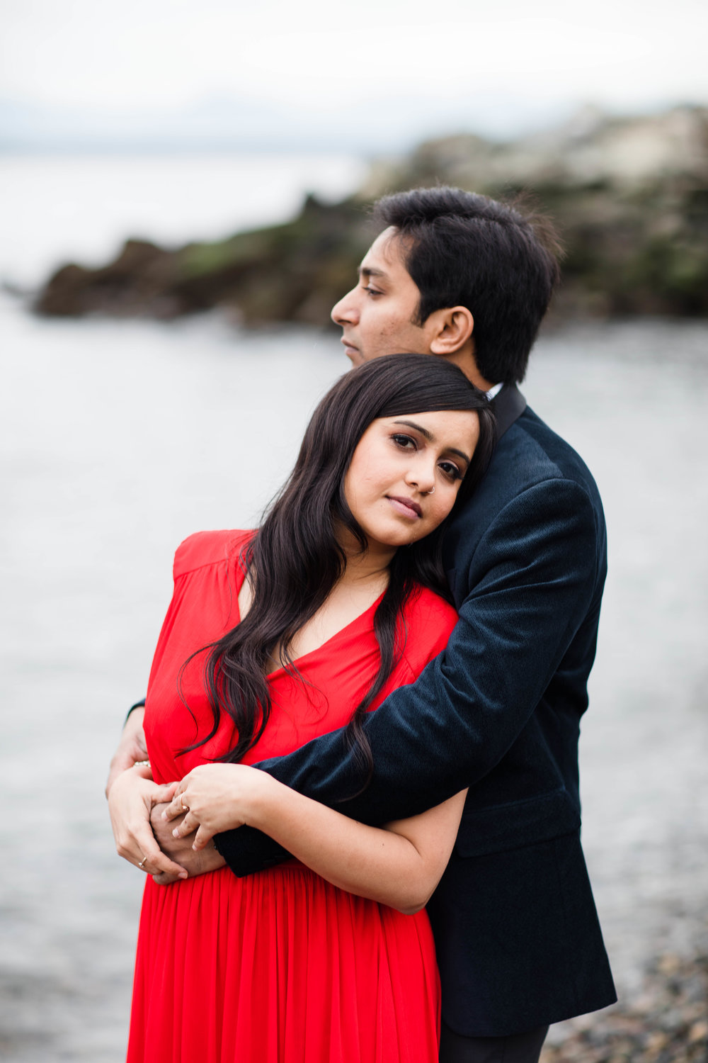 Sushat+Nancy_Engagement_Pioneer+Square_Sculpture+Park_Seattle_Oct2016_APW539.jpg