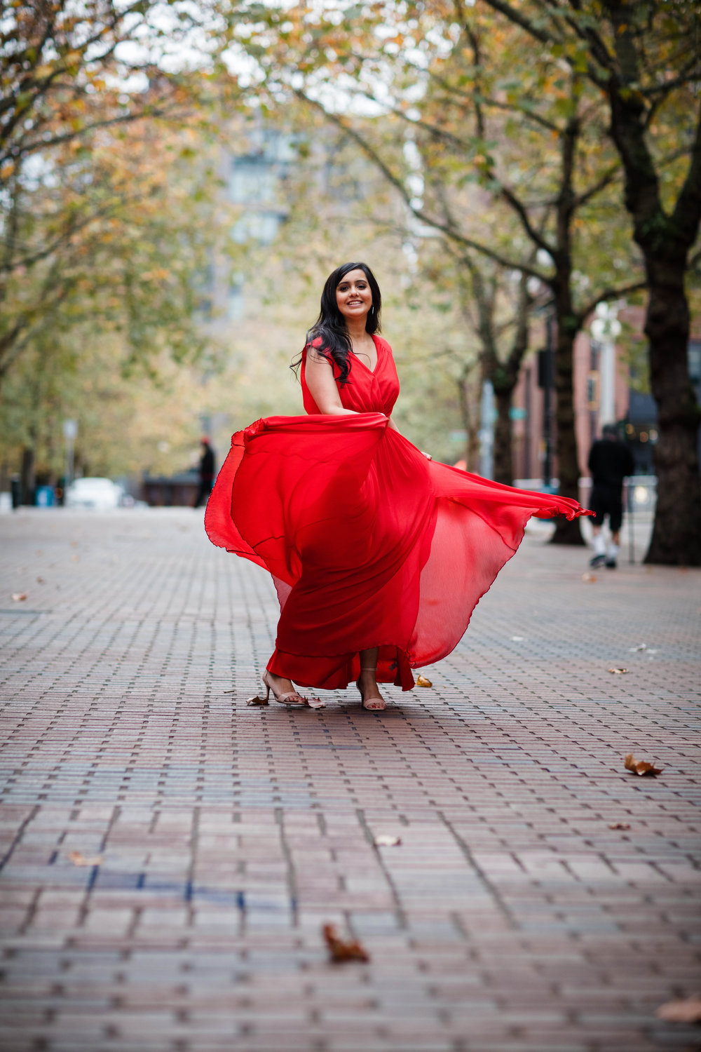 Sushat+Nancy_Engagement_Pioneer+Square_Sculpture+Park_Seattle_Oct2016_APW247.jpg