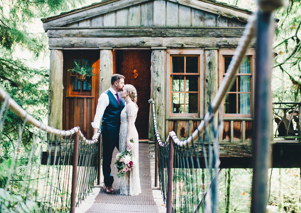 Intimate Elopement at Tree House Point, Issaquah, WA // Alicia + Ryan