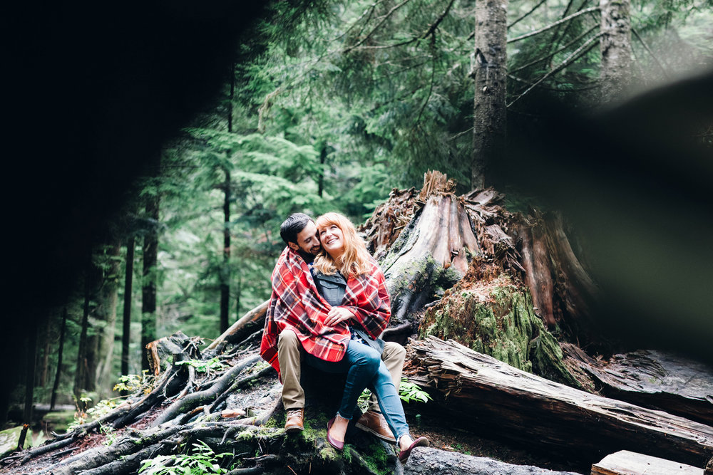 Woodsy Engagement at Franklin Falls, Snoqualmie, WA // Nicole + Ryan